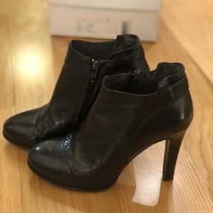 Theory Blossom Booties, size 37, Black